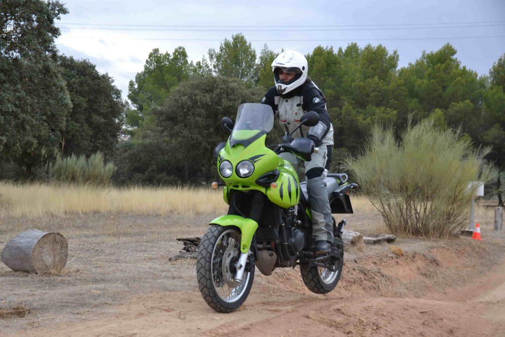 Trialeras y foso curso maxitrail moto