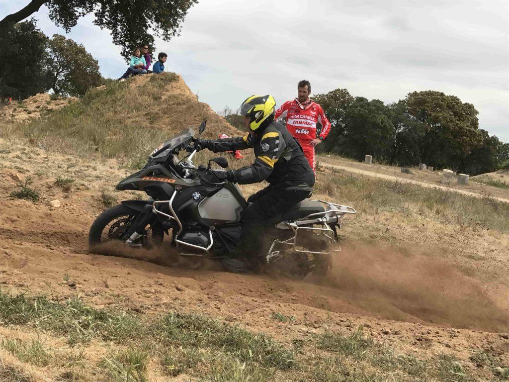 Curso Moto Off Road pista de arena