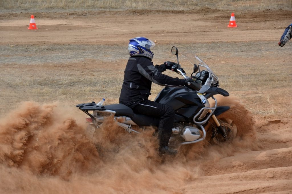 Curso Moto Trail Off Road Fesh Fesh arena
